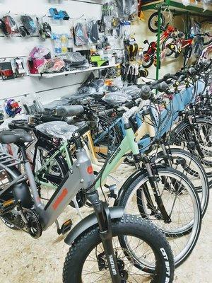 Agrimoto di Carrasso Beniamino - vendita macchine per agricoltura - officina riparazione - vendita biciclette
